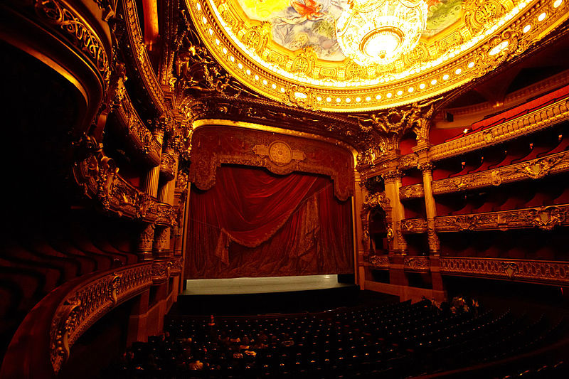 800px-Palais_Garnier_inside