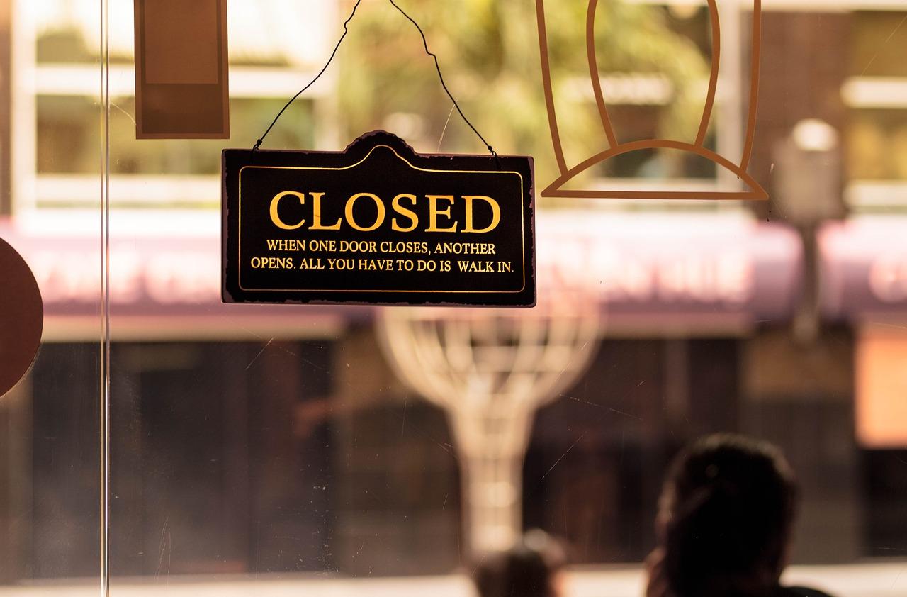 Close, Shop